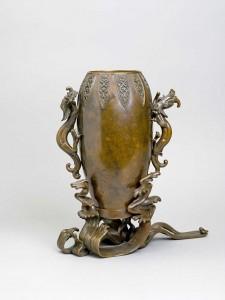 05. Vaso per fiori. Giappone. 1850-1873. Coll. Passalacqua (GIAP 472) (2)